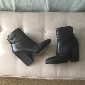 EUC Vince 10.5 Black Heeled Bootie High Comfy RARE